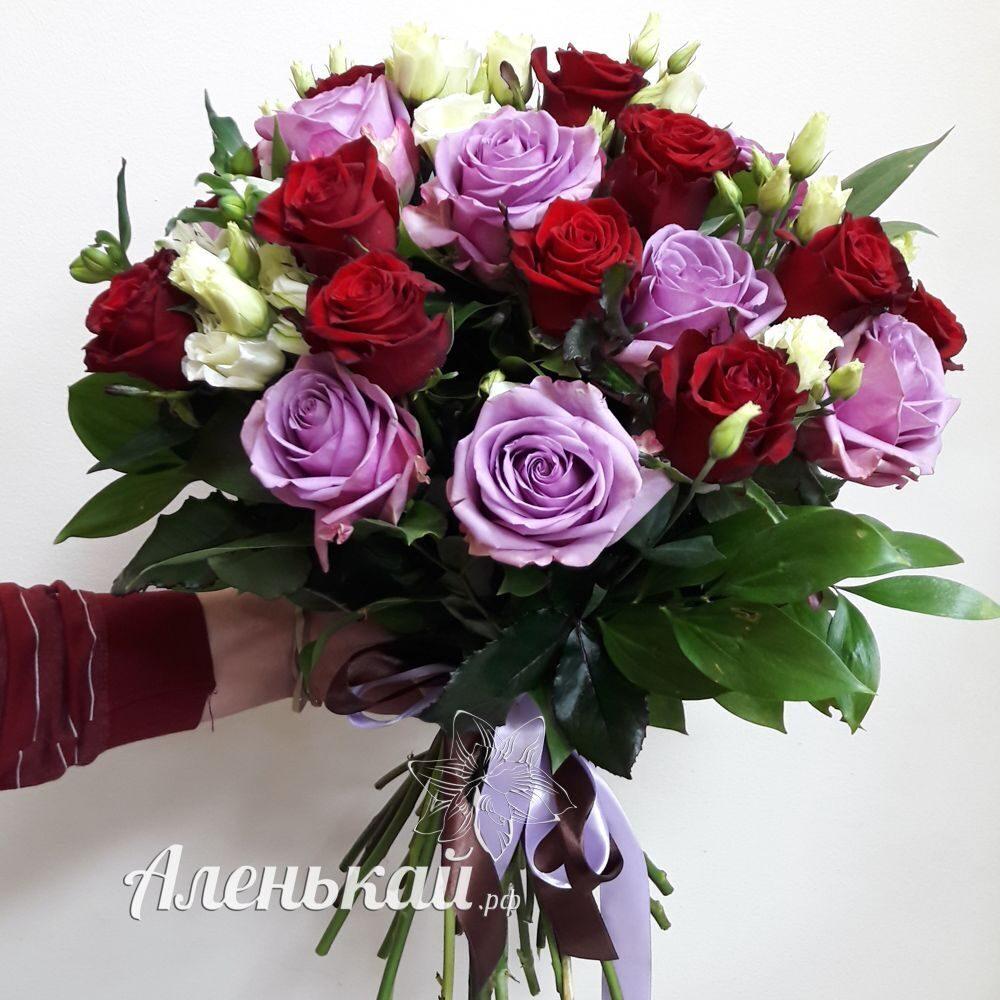 Букет из гладиолусов и роз фото 5